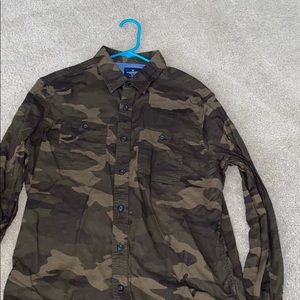 American eagle camouflage long sleeve shirt